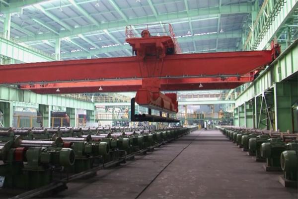 18 ton Crane.jpg