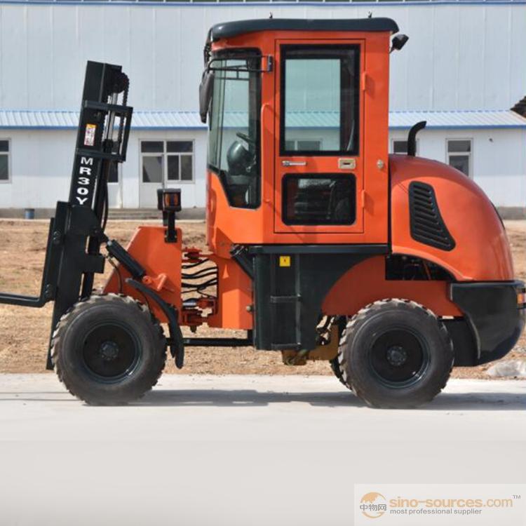 Small Rough Terrain Forklift2