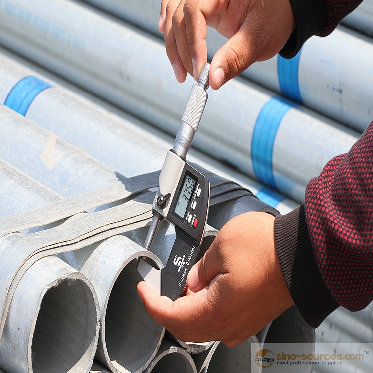 Schedule 40 Hot dipped Galvanized Steel Pipe1