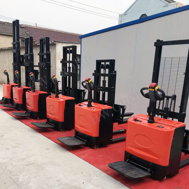 Pallet Truck Lift Stacker 2 Ton Electric Battery Forklift Used In Warehouse