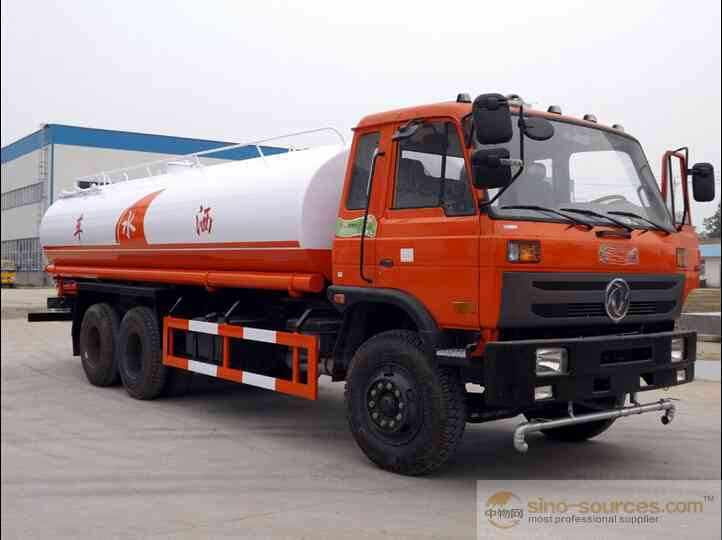 8x4 diesel water sprinkling tank truck 25000 liters water bowser truck with pump system