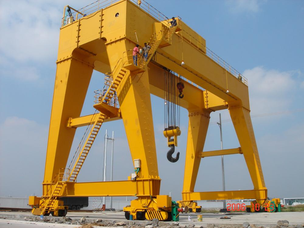 CE Certificate Heavy Duty Double Girder Gantry Crane 30t for Sale