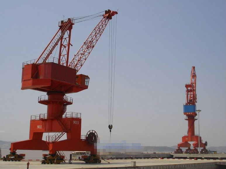 High quality 40ton grab bucket four link portal crane used in port seaside