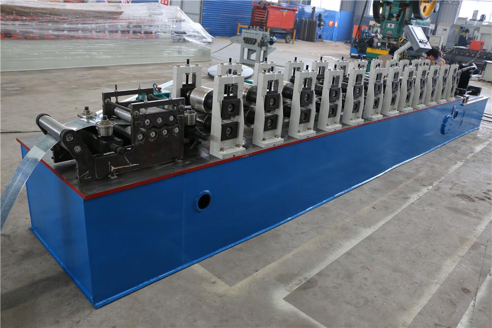 Light steel keel making machine fo C profile